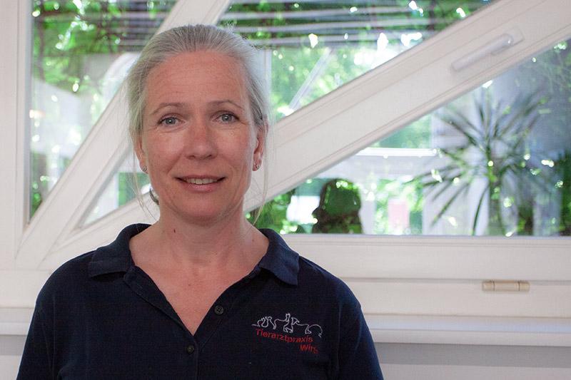 Dr. Andrea Wirth